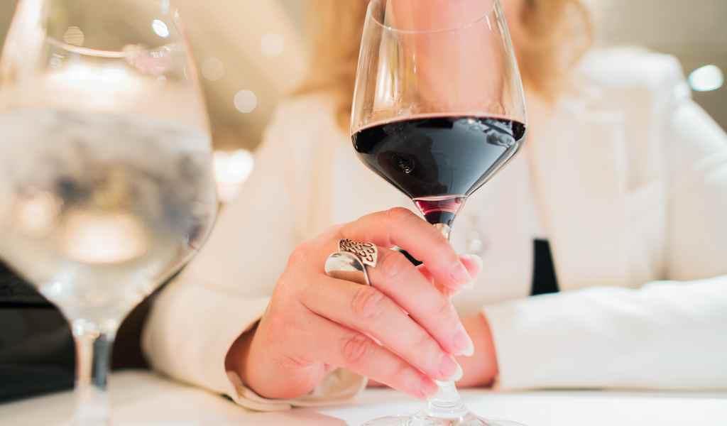 Лечение женского алкоголизма в Горках 9 анонимно